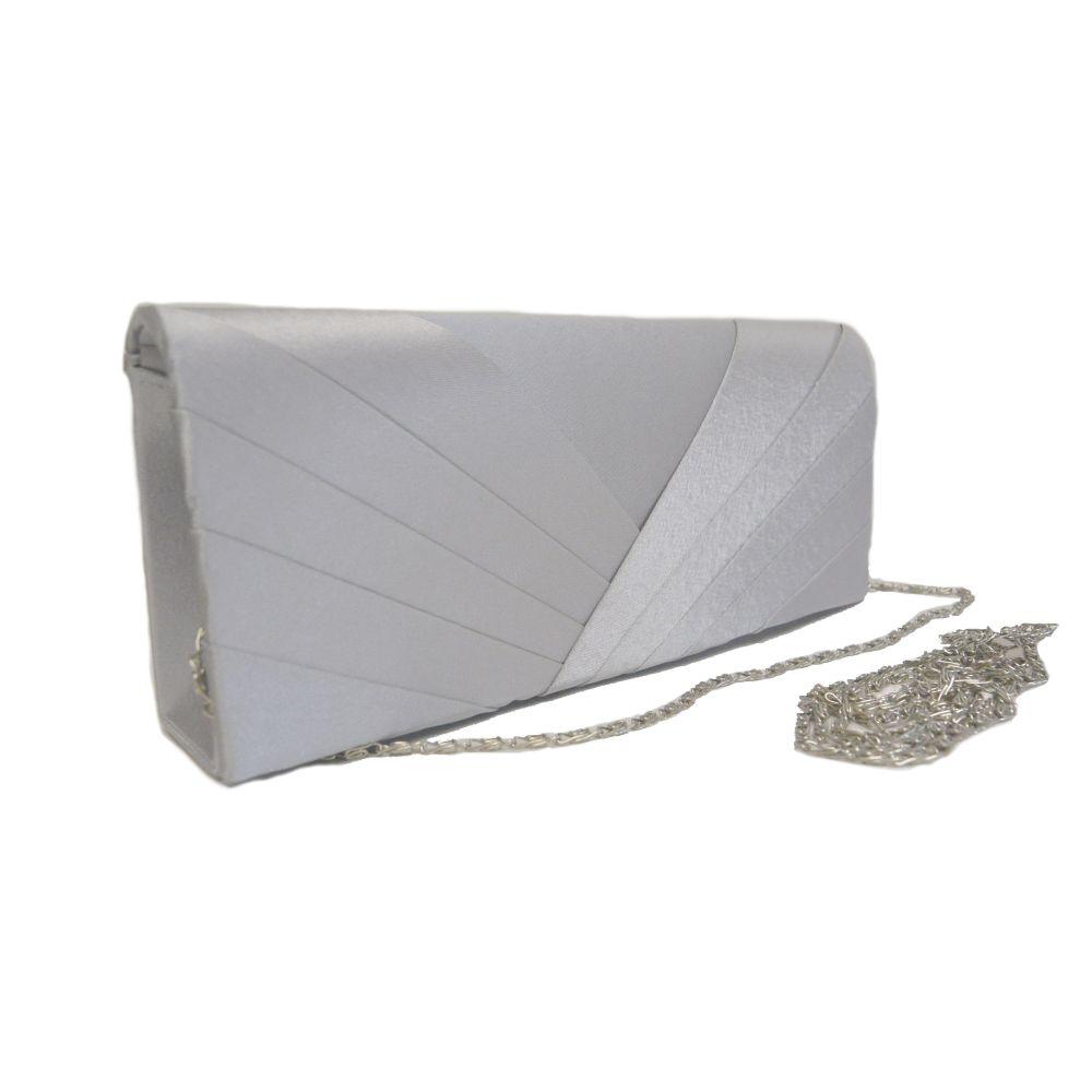 139589a5c838 Изящный серебристый клатч на все случаи жизни
