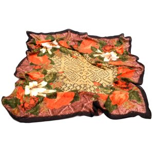 Женский платок с розами