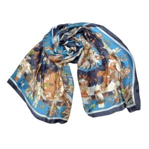 Палантин из натурального  шелка синего цвета с орнаментом