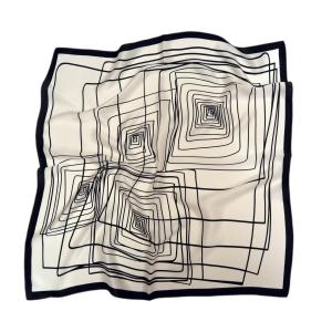 """Стильный шейный платок из натурального шелка белого цвета """"Бесконечность"""""""
