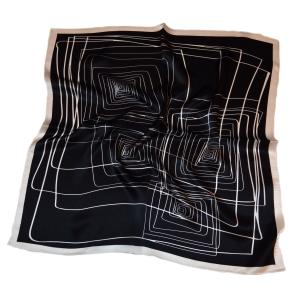 Стильный шейный платок из натурального шелка черного цвета