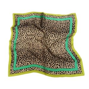 """Стильный шейный платок из натурального шелка """"Сафари"""""""