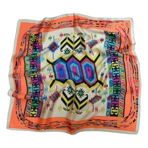 Шейный платок из натурального шелка бежевого цвета