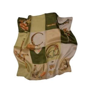 """Оливковый шейный шелковый платок оливковое """"Дерби"""""""