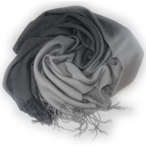 Шарф двухцветный серый