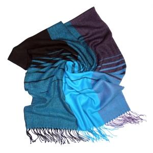 Шарф сине-голубой