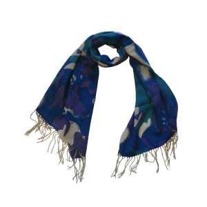 Романтический шерстяной шарф