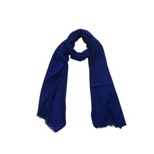 Однотонный шерстяной шарф василькового цвета