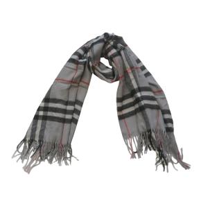 Теплый шарф шотландка серо-черного цвета