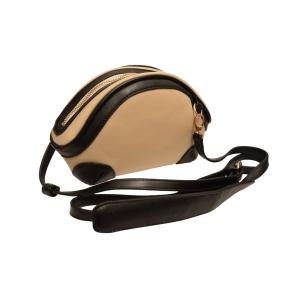 Оригинальная сумочка-ридикюль сливочно-черная для ценительниц моды