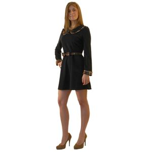 Платье с длинным рукавом с отложным воротником