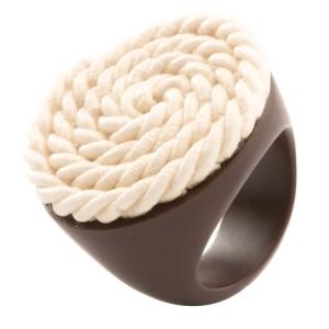 Кольцо белое CORD